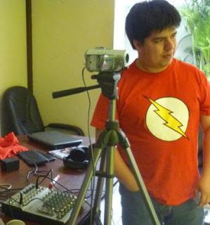 http://1.bp.blogspot.com/-DspyhP8TkGM/Tsal4recNtI/AAAAAAAAQxY/OgNM-ZyHp1c/s1600/RobertoBustamante.jpg